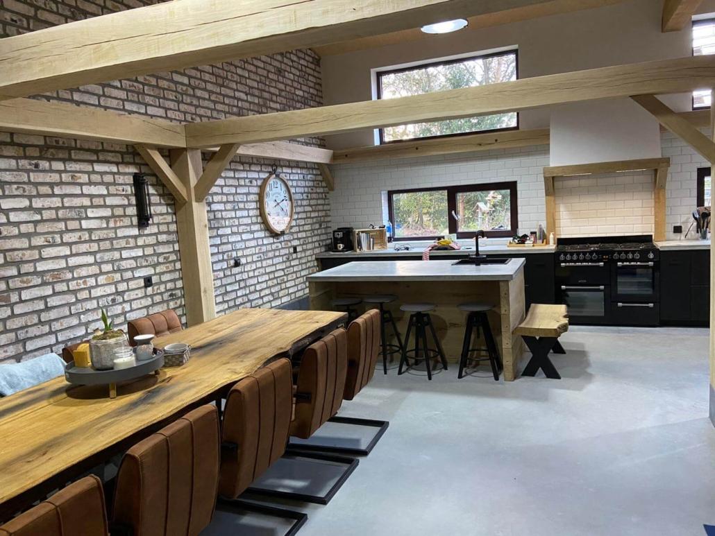 betonvloer industriele boederij keuken