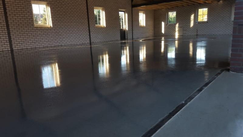 garage betonvloer storten met juiste kwalitatieve afwerking